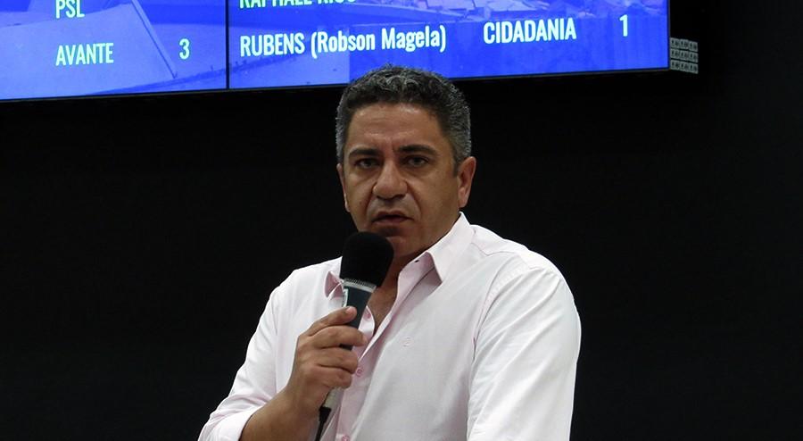 Robson Magela